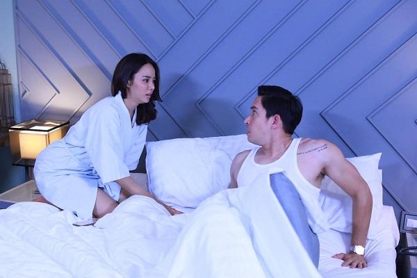 """Vắt óc nghĩ chiêu """"đổi gió"""" với chồng, vừa bước vào phòng ngủ trong bộ dạng gợi cảm, tôi bị chồng mắng té tát đuổi luôn ra ngoài - ảnh 1"""