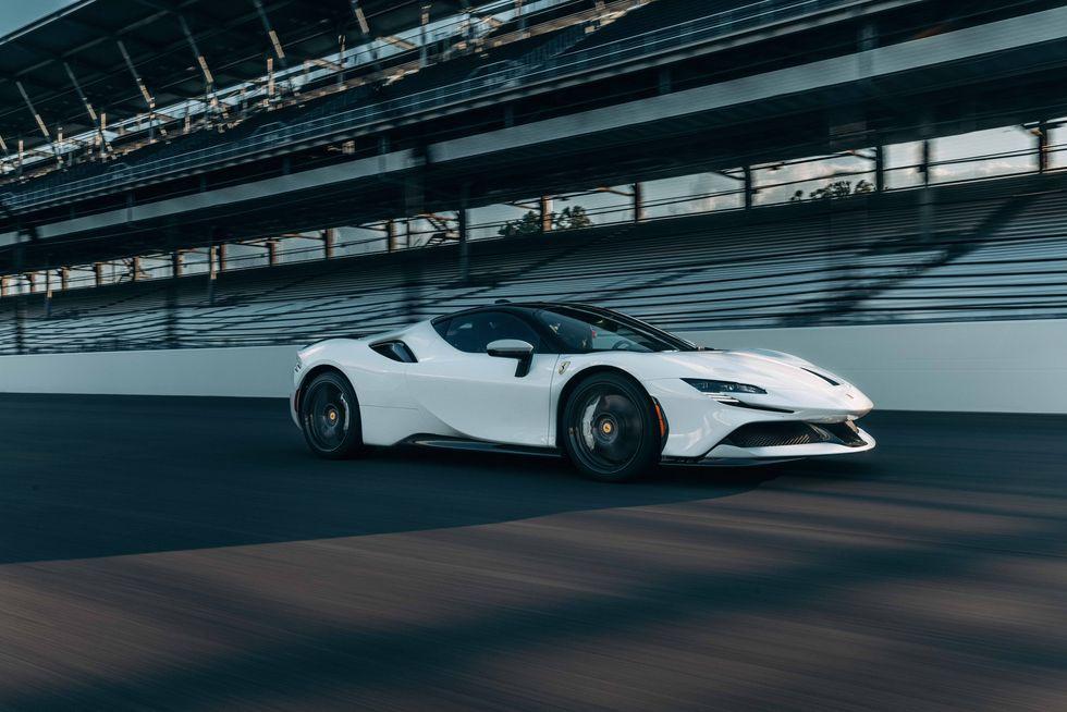 Ferrari SF90 Stradale lập kỷ lục tăng tốc 0-100 km/h trong 2 giây - ảnh 1