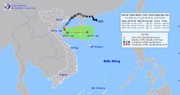 Áp thấp nhiệt đới cách Nam Định - Ninh Bình 120km, gây sóng lớn và mưa to - ảnh 1
