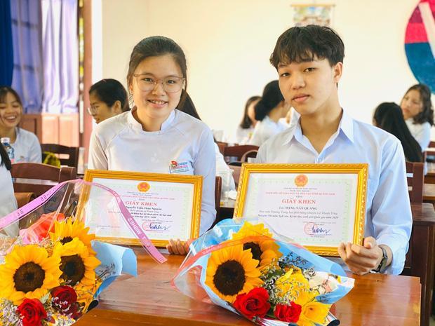 Nam sinh Quảng Nam viết gì trong bài thi Văn, được chấm trên cả 10 điểm?