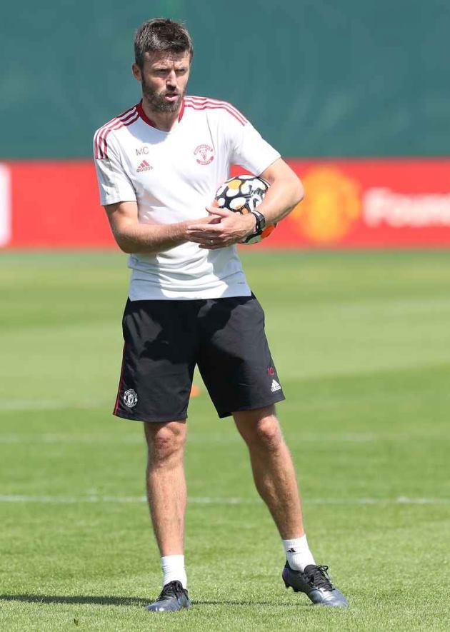 Trở lại Man Utd, Jesse Lingard được Michael Carrick chỉ bảo tận tình - ảnh 1