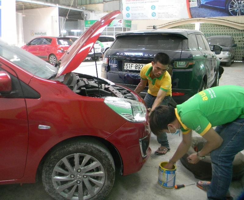 Xe nằm im ngày giãn cách, làm gì để bảo vệ lớp sơn ô tô? - ảnh 1