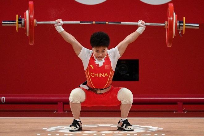Vận động viên Trung Quốc gây kinh ngạc khi phá 3 kỷ lục Olympic - ảnh 1