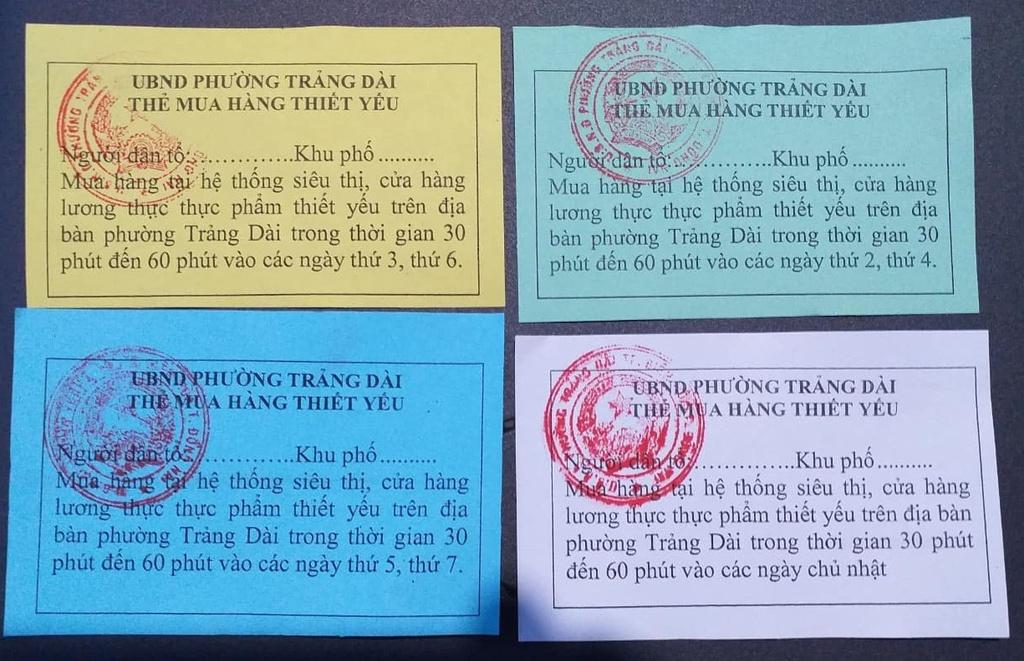 Đồng Nai: Phường đông dân nhất Biên Hòa phát phiếu đi chợ cho dân nơi phong tỏa