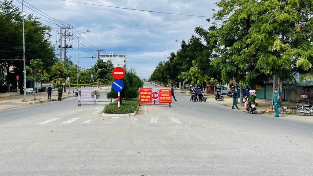 Tạm dừng hoạt động 2 công ty may ở Ninh Thuận để phòng dịch Covid-19