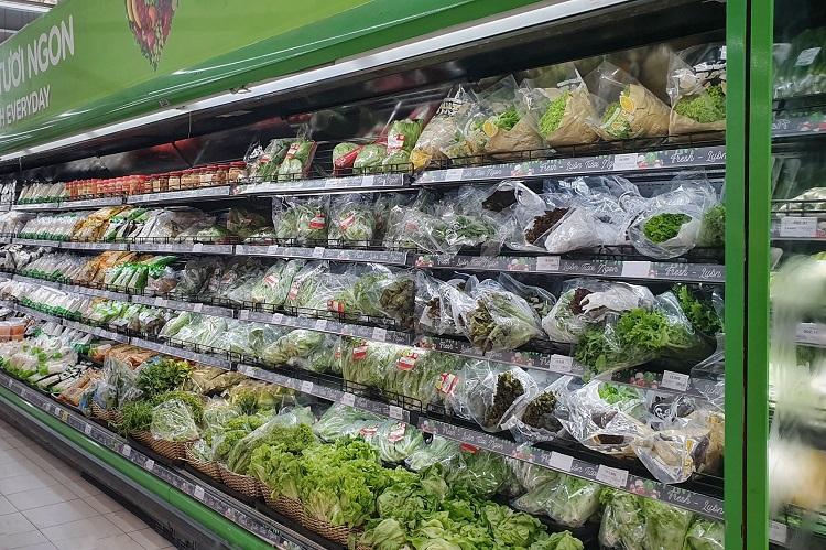 Hà Nội: Thực phẩm đầy ắp kệ hàng, siêu thị cam kết bình ổn giá phục vụ nhân dân chống dịch - ảnh 1