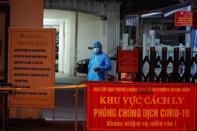 Cách ly y tế tạm thời Bệnh viện Phổi Hà Nội
