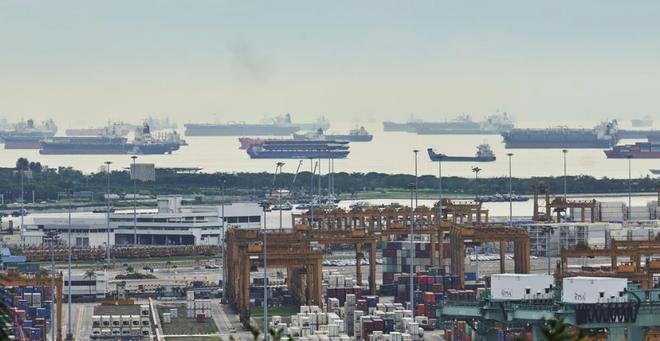 Trung Quốc quyết giành vị thế thống trị thị trường 30 tỷ USD từ Singapore - ảnh 1