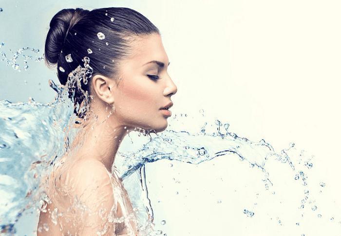 Tắm đúng cách nàng sẽ sở hữu một làn da láng mịn, mềm mượt như quảng cáo - ảnh 1