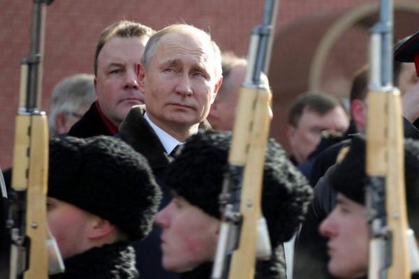 [ẢNH] Ly khai miền Đông mong đợi hành động từ Nga sau bài báo của ông Putin - ảnh 1