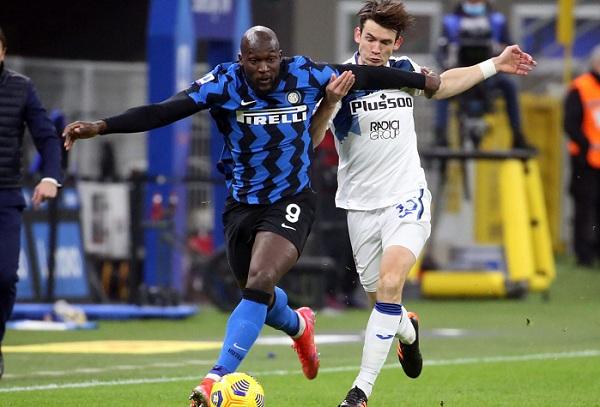 Vượt qua cám dỗ, Lukaku lịch sự từ chối Chelsea