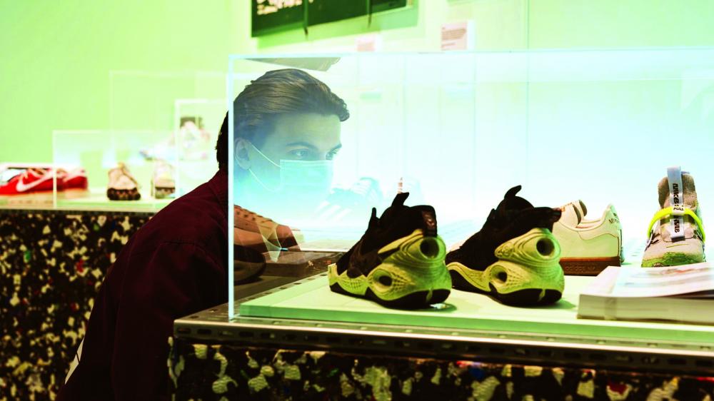 """Sưu tập giày thể thao: Ngành công nghiệp """"tỷ đô"""""""