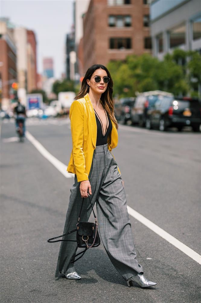 Gam màu hot trend dịp giao mùa fashionista không thể ngó lơ