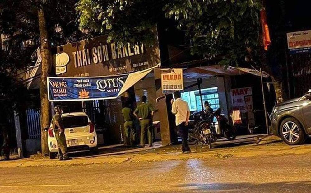 Hà Nội: Nam thanh niên 17 tuổi tử vong trong tiệm bánh ngọt