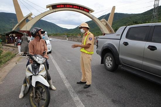 Thêm 4 trường hợp trở về Hà Tĩnh từ các tỉnh thành phía Nam mắc COVID-19