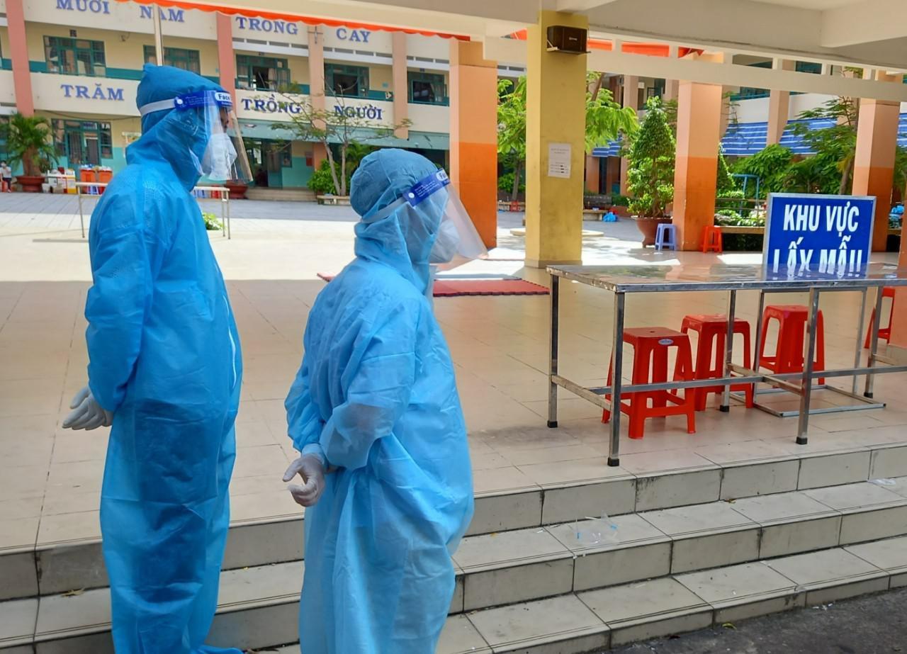 Hà Nội đã lấy được 269.160 mẫu để xét nghiệm SARS-CoV-2