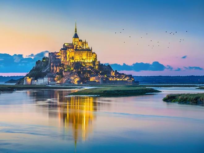 Những bí ẩn chưa có lời giải bên trong lâu đài Mont Saint Mitchel