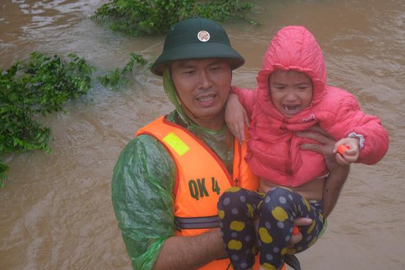 Khoảng 1 tỉ trẻ em đối mặt nguy cơ cực kỳ cao trước khủng hoảng khí hậu