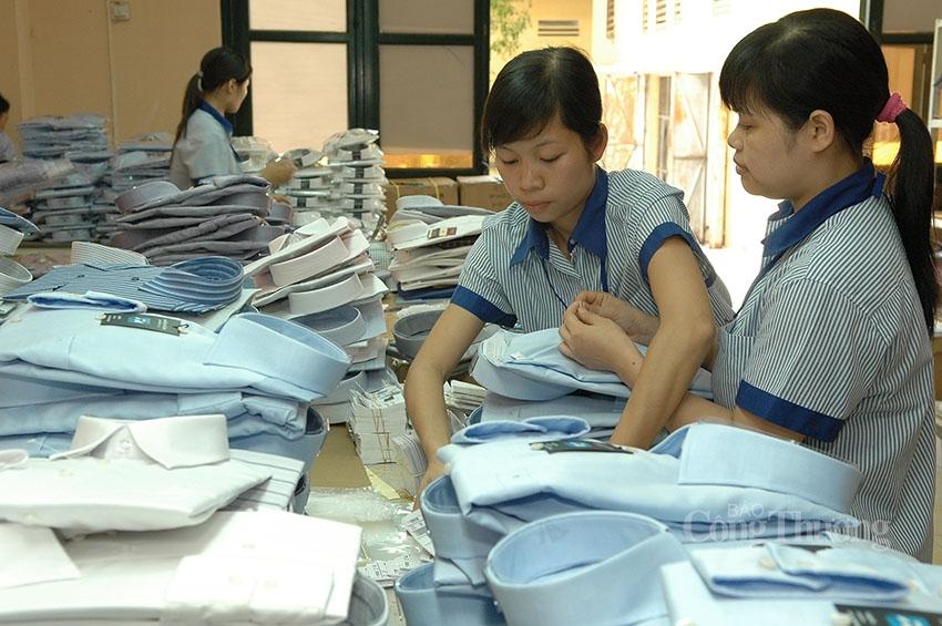 AAFA kêu gọi ưu tiên phân phối vắc xin cho ngành may mặc Việt Nam
