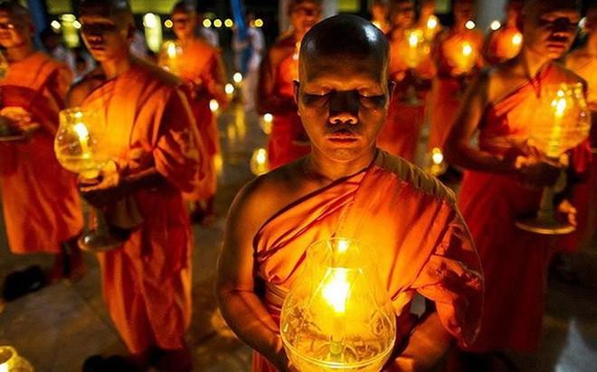 Giáo hội Phật giáo Việt Nam đề nghị các chùa lập trai đàn cầu siêu cho nạn nhân tử vong vì Covid-19