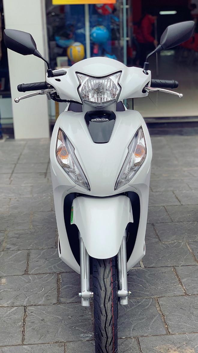 Bảng giá Honda Vision tháng 8/2021, giảm tiền triệu