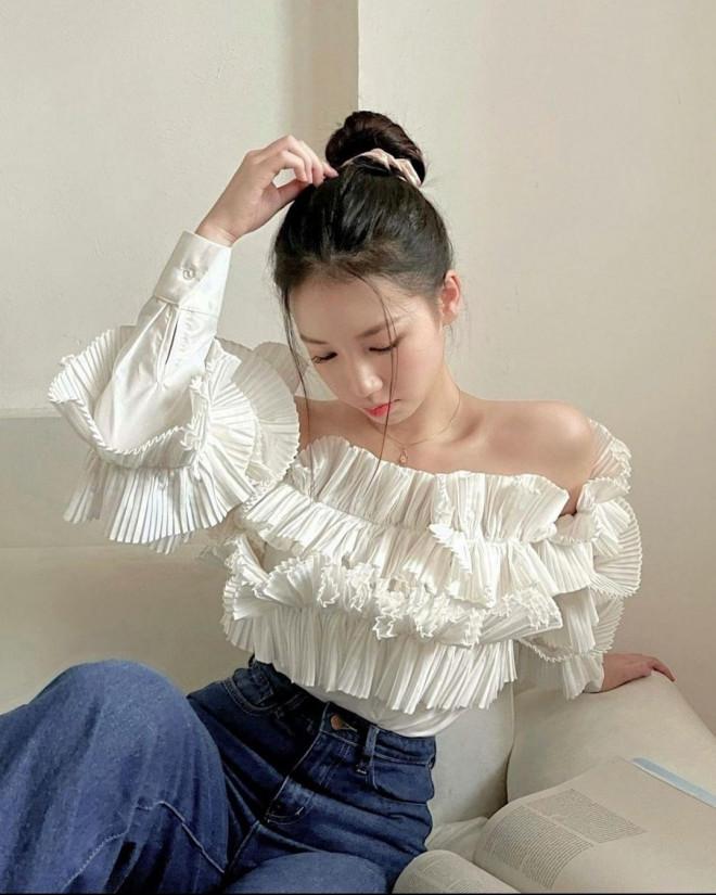 Thời trang ở nhà của sao Việt: Diệu Nhi đụng độ BLACKPINK, Thiều Bảo Trâm khoe dáng nuột