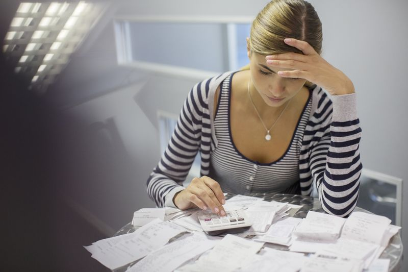 Thay đổi 6 thói quen xấu này sẽ giúp bạn ngày càng giàu có