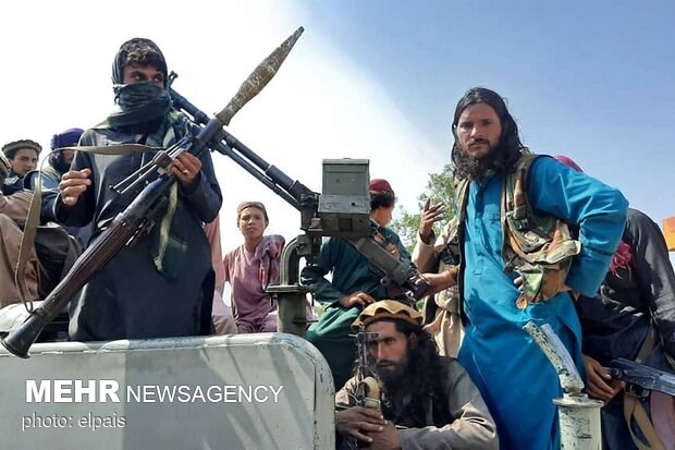 Taliban nổ súng vào người biểu tình, nhiều người thương vong