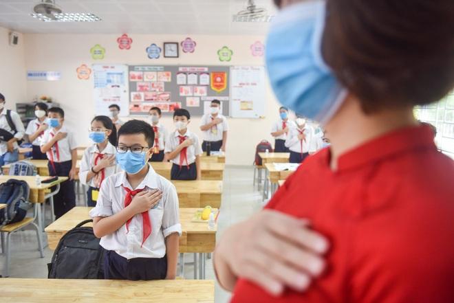 Hà Nội: Trường chưa kết thúc học kỳ II, trường tất bật vào năm học mới