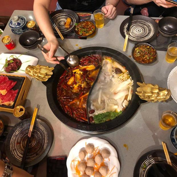 3 thói quen cần tránh trong bữa ăn nếu không muốn bệnh tật tìm đến, đừng mắc phải dù chỉ 1