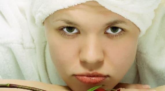 """Nếu bạn có hai """"hiện tượng"""" này trên khuôn mặt, đối với những người có tình trạng tiêu hóa kém, đừng lo lắng, chúng là dấu hiệu của sự cải thiện"""