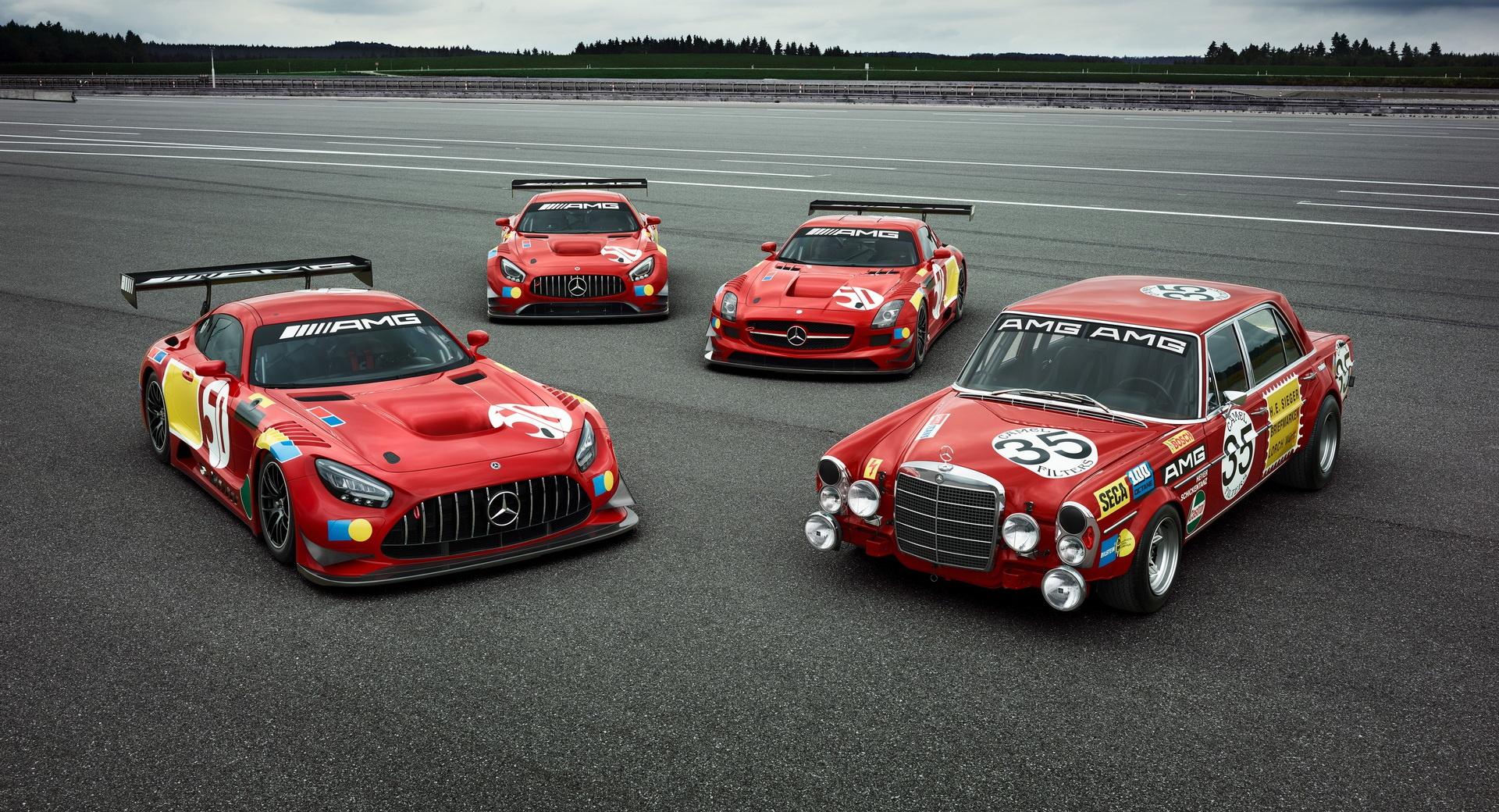Mercedes-AMG ra mắt bộ 3 xe đua phiên bản đặc biệt