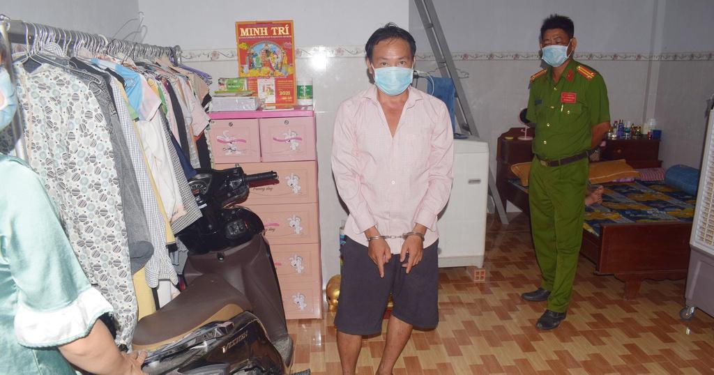 Trà Vinh: Đột nhập giữa khuya, cắt ống quần trùm mặt để cướp hơn 1 triệu đồng