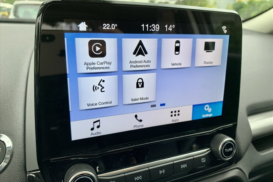 Cách sử dụng và ưu nhược điểm của ứng dụng CarPlay trên xe ôtô