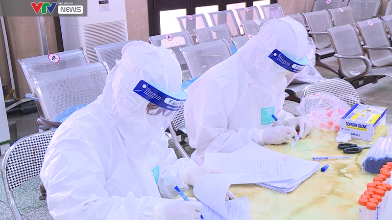 Hà Nội lấy 1 triệu mẫu xét nghiệm cho 13 nhóm người nguy cơ cao, khu vực nguy cơ cao