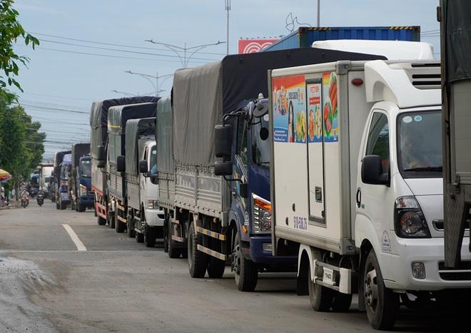 Bộ Công Thương hỏa tốc đề nghị gỡ khó lưu thông cho doanh nghiệp vận tải
