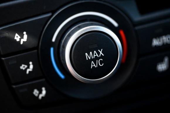 Tuyệt đối không được bật điều hòa sau khi khởi động ô tô. Lý do là gì?