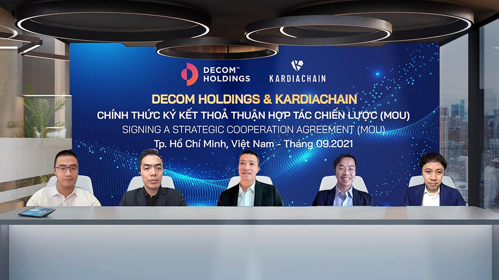 Hai sáng lập KardiaChain trở thành cổ đông chiến lược của Decom Holdings