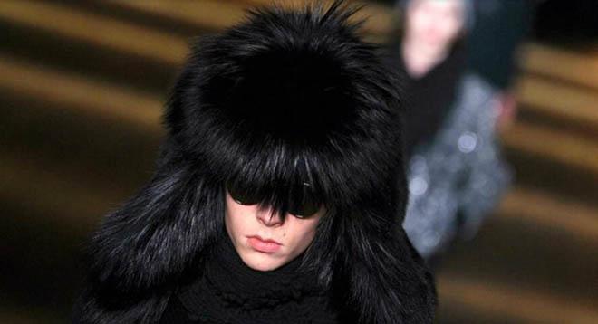 """Thương hiệu thời trang Saint Laurent nói """"không"""" với lông thú"""