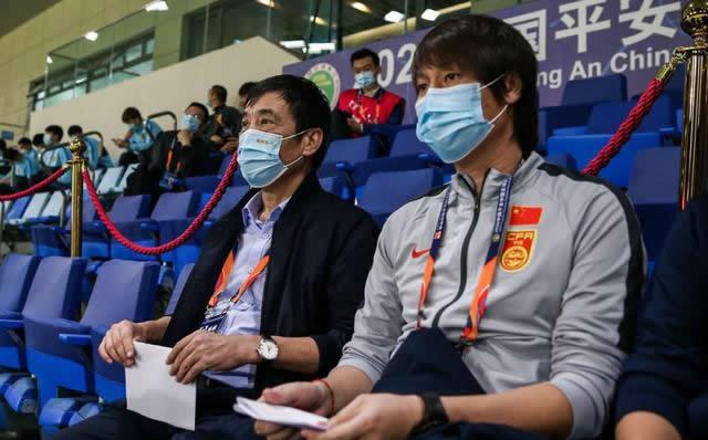 """Chủ tịch LĐBĐ Trung Quốc: """"Tôi còn bị nhiều người mắng chửi hơn cả HLV Li Tie"""""""