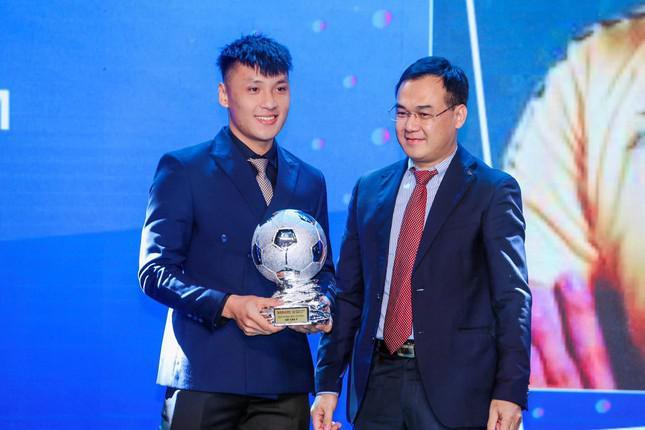 3 chàng trai nổi bật trong đội tuyển futsal Việt Nam: Thủ môn Hồ Văn Ý gây ấn tượng mạnh