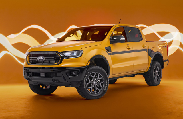Khám phá Ford Ranger Splash 2022 lấy cảm hứng từ những năm 1990