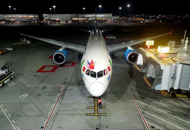 Bamboo Airways khai thác thành công chuyến bay thẳng không dừng đầu tiên kết nối Việt Nam – Mỹ