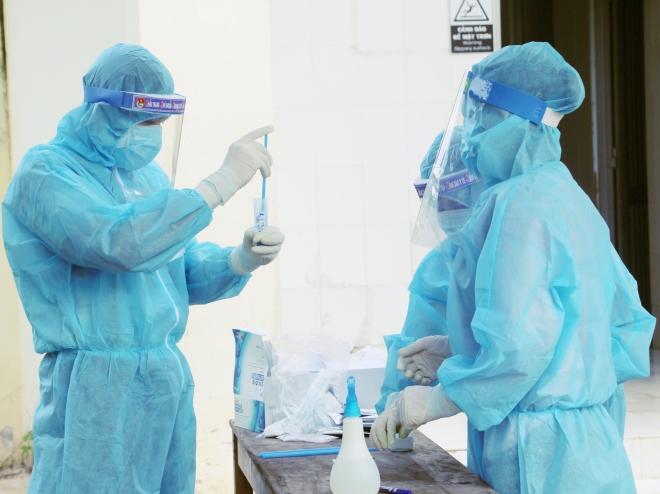 Sáng 22/9, tổng số hơn 700 nghìn ca Covid-19, hơn 5.130 ca nặng đang điều trị - ảnh 1