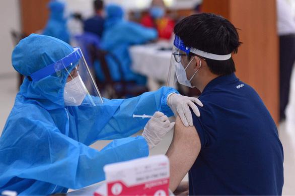 Bộ Y tế đang tìm kiếm nguồn vắc xin tiêm cho trẻ em