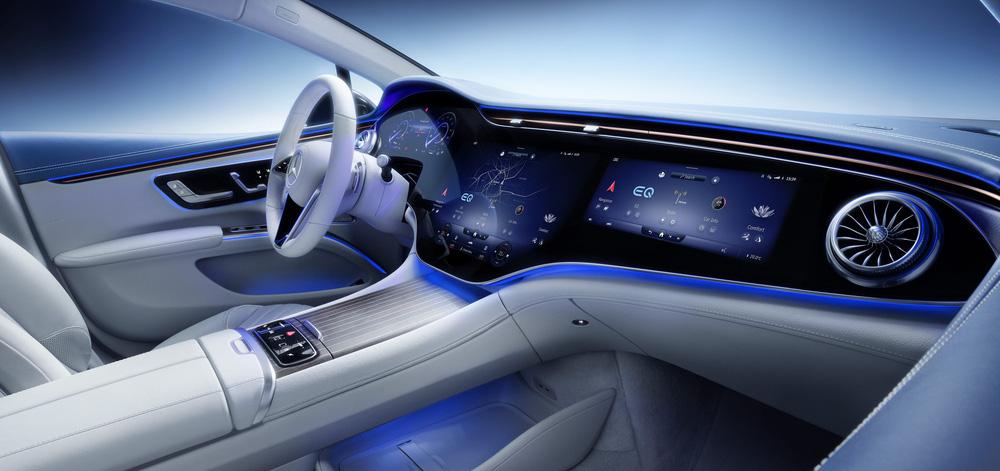 CEO hãng xe Ý gây 'sốc' với phát ngôn 'không bán iPad bọc trong vỏ ô tô', quyết 'cải lùi'! - ảnh 1
