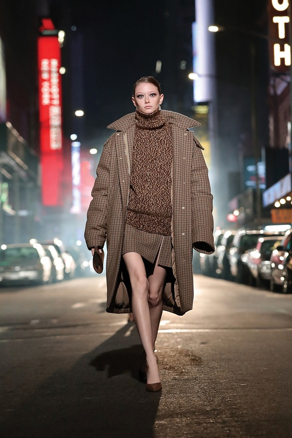 6 chiếc áo khoác nổi bật bạn sẽ thấy trong mùa thu đông tới