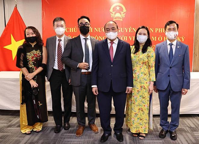 Chủ tịch nước: Cộng đồng người Việt ở nước ngoài đã có những đóng góp to lớn vào sự phát triển của đất nước - ảnh 1