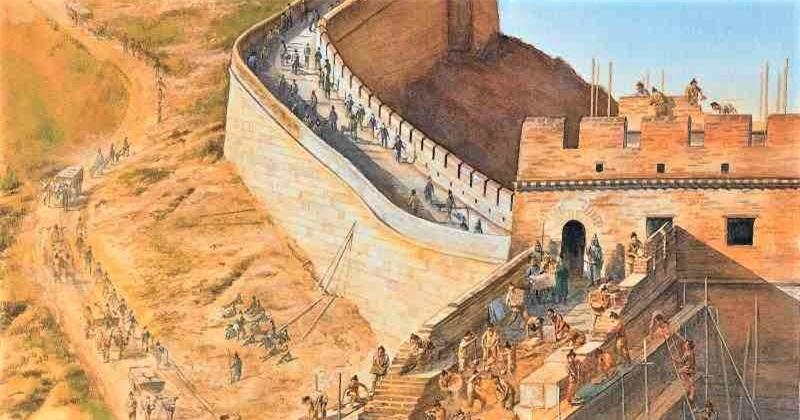 """Tần Thủy Hoàng xây Vạn Lý Trường Thành vì lời tiên tri trong """"sách tiên"""""""