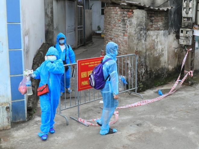 Chùm ca bệnh mới tại phường Kiến Hưng, Hà Đông ghi nhận 2 ca dương tính sống cùng nhà - ảnh 1